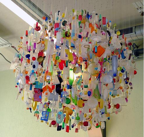 Tide_chandelier